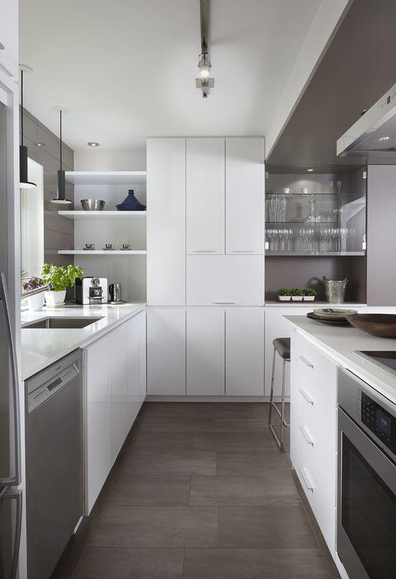 Armoires De Cuisine Moderne En Merisier Laque Deux Teintes Simard Cuisine Et Salle De Bains Cuisine Moderne Armoire De Cuisine Cuisine Moderne Design