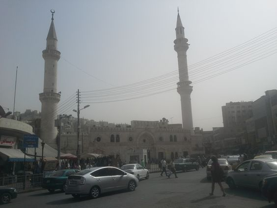 Walking by the Al-Husseini Mosque after lunch in Downtown Amman. @cetstudyabroad