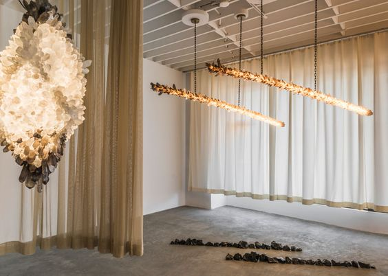 THE NEW Gallery Debuts in L.A. with a Lighting Collection by Christopher Boots. #design #interiordesign #interiordesignmagazine #lighting #artgallery #installations