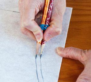 Nahtzugabe mit 2 Bleistiften automatisch einzeichnen: