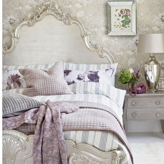 Silver-bedroom-Country-Homes--Interiors