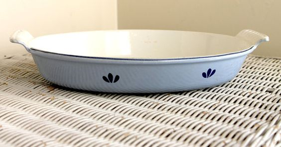 Casserole Baking Dish Enamelware Vintage DRU of Holland Classic