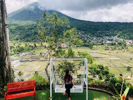 Menakjubkan 30 Pemandangan Gunung Sawah Indahnya Pemandangan Gunung Lokon Sawah Desa Dari Puncak Ka Download 25 Gambar Pem Di 2020 Pemandangan Pantai Rumah Pantai