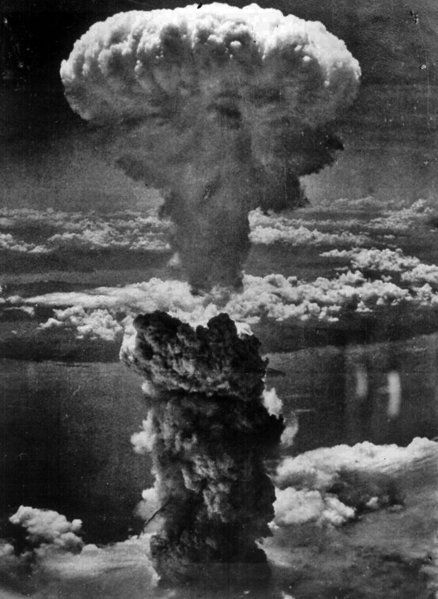 """A first for the general public, the picture of the """"mushroom cloud""""? is a very accurate approximation of the enormous quantity of energy spread below. The first atomic bomb, released on August 6 in Hiroshima(Japan) killed about 80,000 people, but it didn't seem enough because the Japanese didn't surrender right away. Therefore, on August 9 another bomb was released above Nagasaki. The effects of the second bomb were even more devastating – 150,000 people were killed or injured.:"""