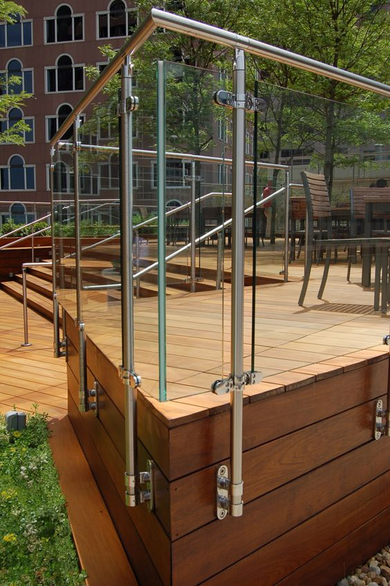 ipe stairs and glass railing at the international place roof terrace