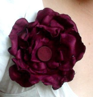 Things I made!  No-sew fabric flower.