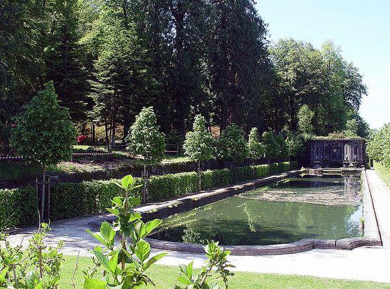 Chateau trevarez bassin et fontaine de la chasse et de la p che jardin italien du ch teau de - Bassin jardin preforme saint paul ...