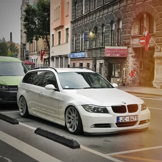 Stance Bmw 330d E91 19 Inch Fitment On Style 95 Wheels Riga With
