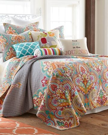 """Paisley Luxury Quilt Collection {minus the extra """"pillowing""""} www.plumesilk.com"""