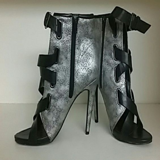 Nice heels Black and grey heels Paper Fox Shoes Heels
