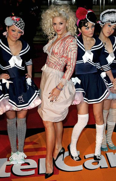 Gwen Stefani Cocktail Dress - Gwen Stefani wore a unique lace dress with her eccentric 'do.