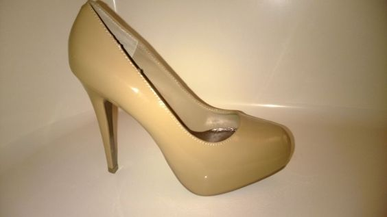 STEVE MADDEN NUDE PATENT PLATFORM PUMP  6M #Fashion #Style #Deal