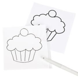 How to transfer patterns on Sugar Sheets Edible Decorating Paper. Bring the ease of paper crafting to cake decorating!