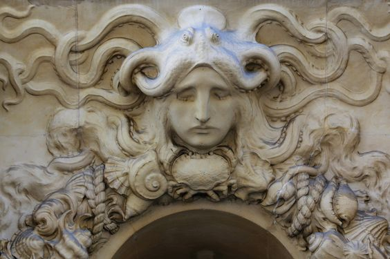 Kopf mit Octopus in Paris   Flickr - Photo Sharing!