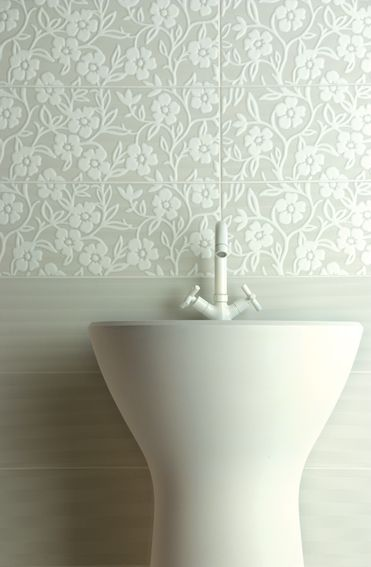 Amazing Modern Bathroom Tile Designs Modern Bathroom Tiles With Floral