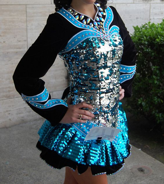 KDSF's Color Change Sequin Dress Love The Blue And The Big