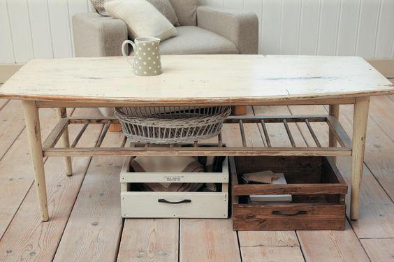 テーブルや台の下などに収めれば、引き出しに。収納スペースが増えて、お部屋がすっきり!/簡単&おしゃれなプチ木工(「はんど&はあと」2013年10月号)