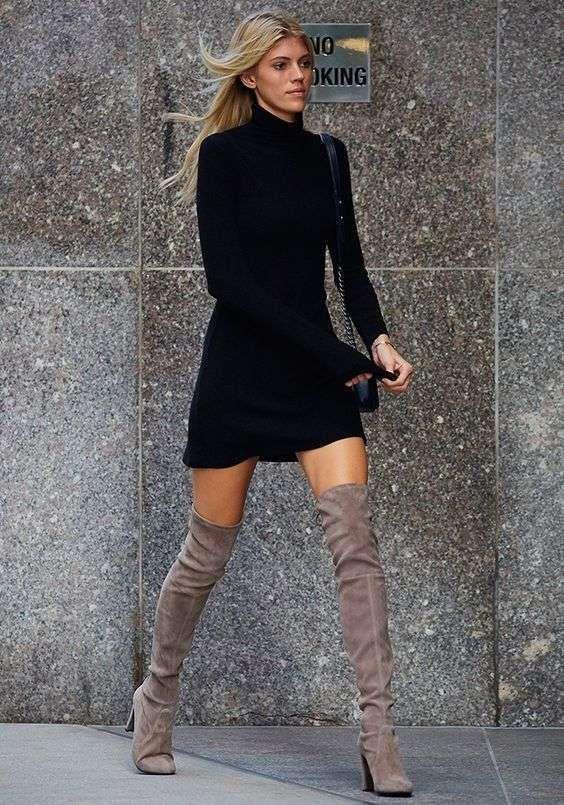 stivali grigi con nero abbinamento
