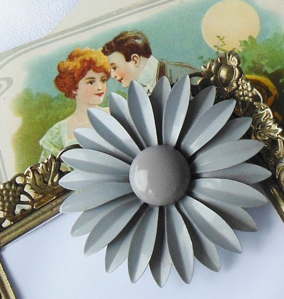 Grey Flower Brooch Enamel Retro Pin Up by normajeanscloset on Etsy, $18.99
