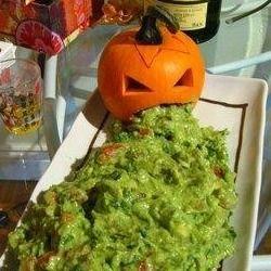Halloween food: Puking Pumpkin, Halloween Idea, Halloween Party Idea, Partyidea, Halloween Recipe, Food Idea, Halloween Party Food, Halloween Food, Halloween Guacamole