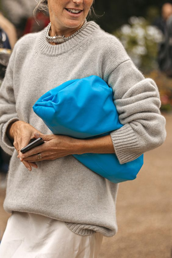 Street style: The most beautiful bags spotted at Paris Fashion Week - Page 3 | Vogue Paris