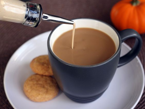 Pumpkin Spice Coffee Creamer - yum, my favorite flavor without all those preservatives!