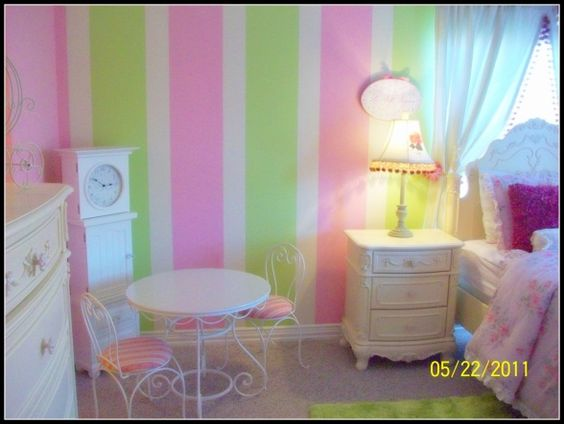 Little girl bedrooms girls room design and room girls on for Pink and green bedroom designs