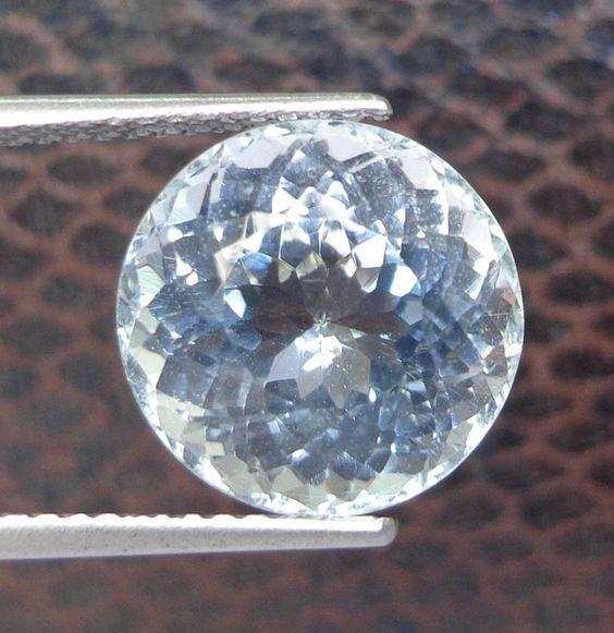 15.15ct Hottest Luster! 14mm Round Shape Natural Sky Blue Topaz