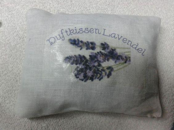 Duftkissen gefüllt mit 100%ig natürlichen Lavendel gefüllt. Handarbeit