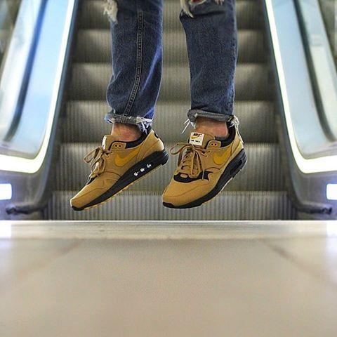 Nike Air Max 1 premium 93 logo Elemental gold mineral yellow