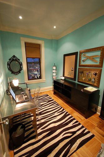 Ikea desk + paint color + zebra rug = perfection! I would add a splash of yellow or coral. Paint: waterfall Benjamin Moore