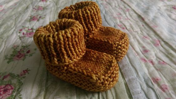 Ravelry: Prisca's Baby Booties pattern by Knot Sew Prisca