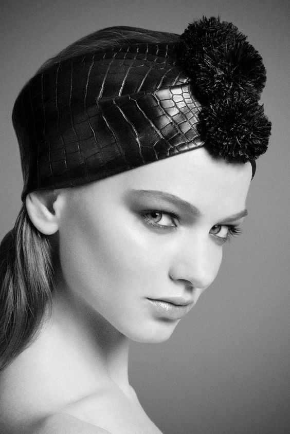 FALL WINTER 2014 - Turban by DONIA ALLEGUE - www.doniaallegue.com Photo : Pierre Dal Corso Photography Model : Dasha Sergeeva - Oui Management