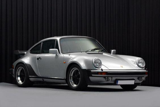 #Porsche 911 3.3 Turbo '79 looking perfect! #Classic #German #SportsCar #Style #Speed #Power #Beauty #Luxury