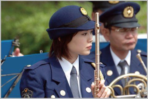 楽団の警察官