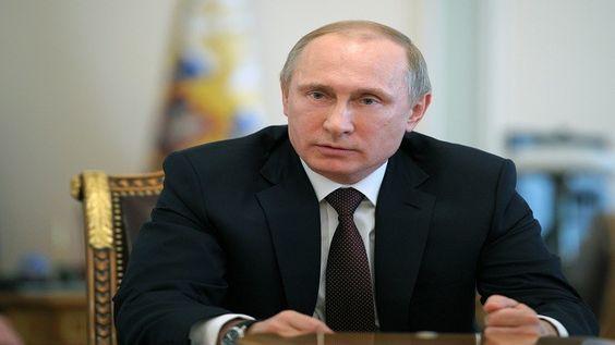 قال الرئيس الروسي فلاديمير بوتين السبت 20 ديسمبر/كانون الأول إنه ليس بمقدور أحد عزل روسيا وإرهابها.