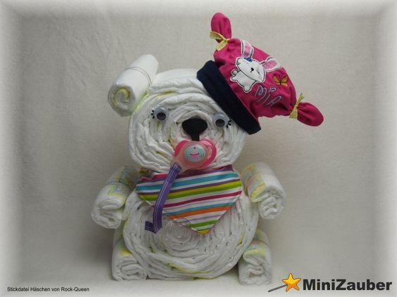 Windelbärchen mit individueller Mütze und Halstuch. (Diaper Bear, Diaper Cake, Baby Shower, Babyshower, Windeltorte, Windelfigur, Windeltier, Geburtsgeschenk)