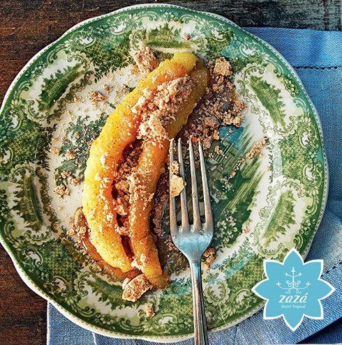 Pra adoçar: banana caramelada com farofa de paçoca | Água na Boca
