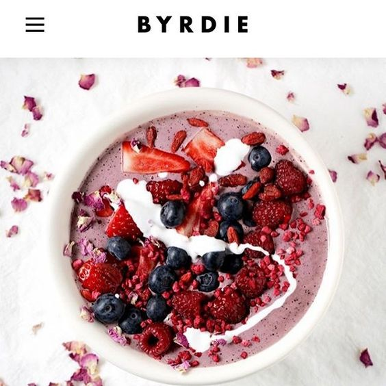 Congratulations to @byrdiebeauty.au on their website launch! You can find my article on how to use foods to make your skin GLOW! And my Anti-ageing smoothie bowl recipe! #thehealthychef #teresacutter #healthychefrecipes #byrdiebeauty #byrdie