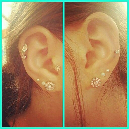 gay earring left right