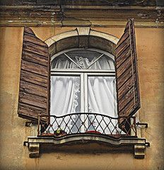 Window in Padua [Explored] (unabassanese) Tags: wood italy brown white house muro texture window wall architecture photomanipulation canon casa wooden balcony manipulation finestra curtains piante parete hdr padova balcone veneto vasi tende cornicione imposte thechallengegame unabassanese mariaantoniettamarino