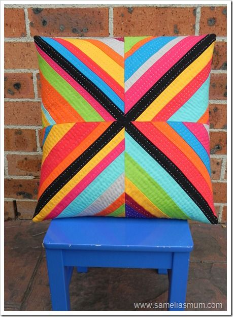 Striking cushion cover from Samelia