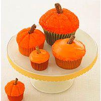pumpkin cupcakes so fun!