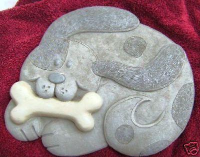 Trittstein Hund mit Knochen Gießform