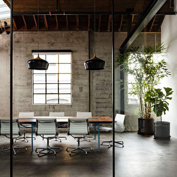 Dit stijlvolle kantoor doet eerder denken aan een fantastisch ingericht huis Roomed   roomed.nl