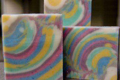 Column Swirl Homemade Soap Recipe-great tutoria