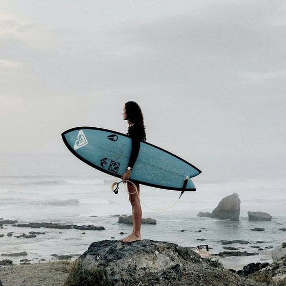 """""""A date with my mind, a flirt with my soul, some time with my heart and broken bones. Thank you for another powerful day."""" Justine Mauvin #ROXYsurf"""
