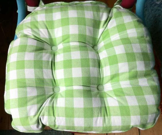 Gingham Country Check Chunky Apple seat pad seat pads  : 33a03e11a601829cea94ad5393893a64 from www.pinterest.com size 564 x 471 jpeg 42kB