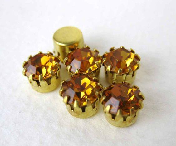 Vintage Swarovski Rhinestone Topaz Tiffany Setting Harvest Gold