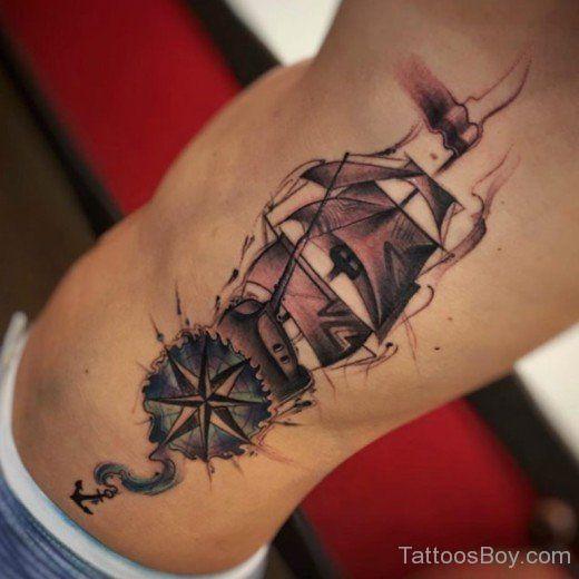 Wunderbare Kompass Und Schiff Tätowierung Auf Rippe Beste Tätowierung Compass Tattoo Tattoo Designs Tattoos
